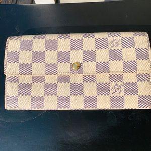 Louis Vuitton Sarah Azur Wallet 💖